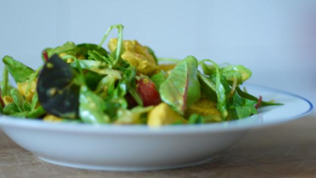 Indischer Curry Salat